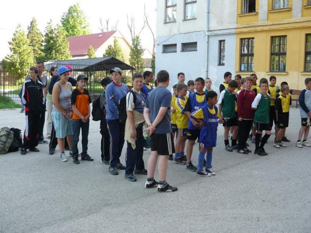 CSOKONAI KUPA - KISPÁLYÁS LABDARÚGÓ TORNA Körzeti diák kispályás labdarúgó torna 12